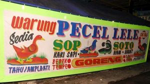 Nama warung makan yang menarik bagus dan unik lucu
